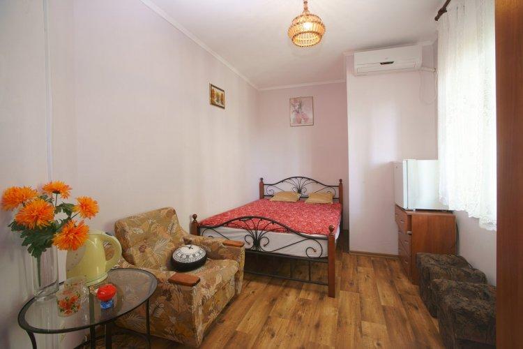 2-местный с двуспальной кроватью без балкона